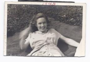 Joyful Helen (2)
